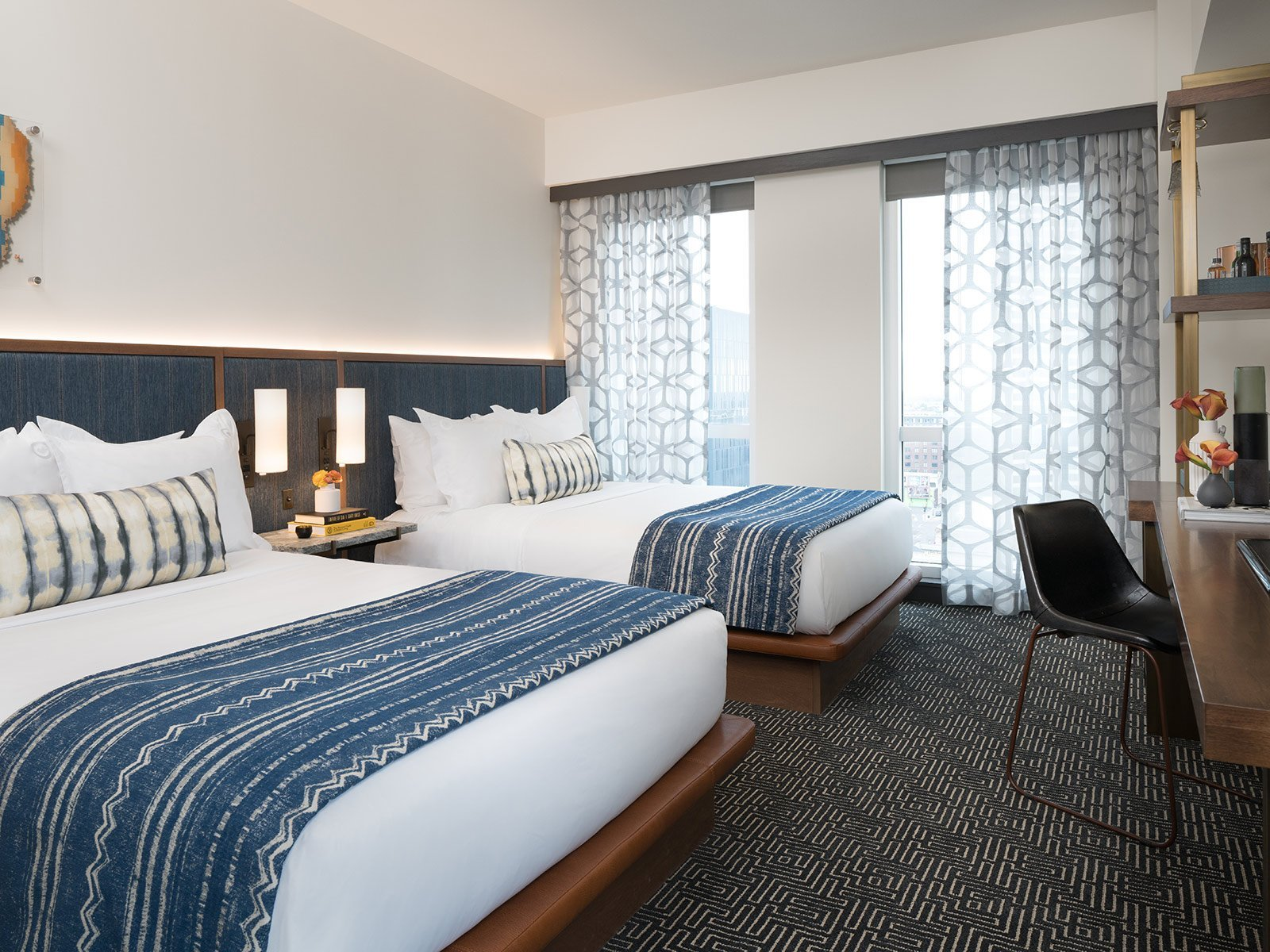 2 queen beds troubie room the troubadour hotel new - Queen bed ideas for small room ...