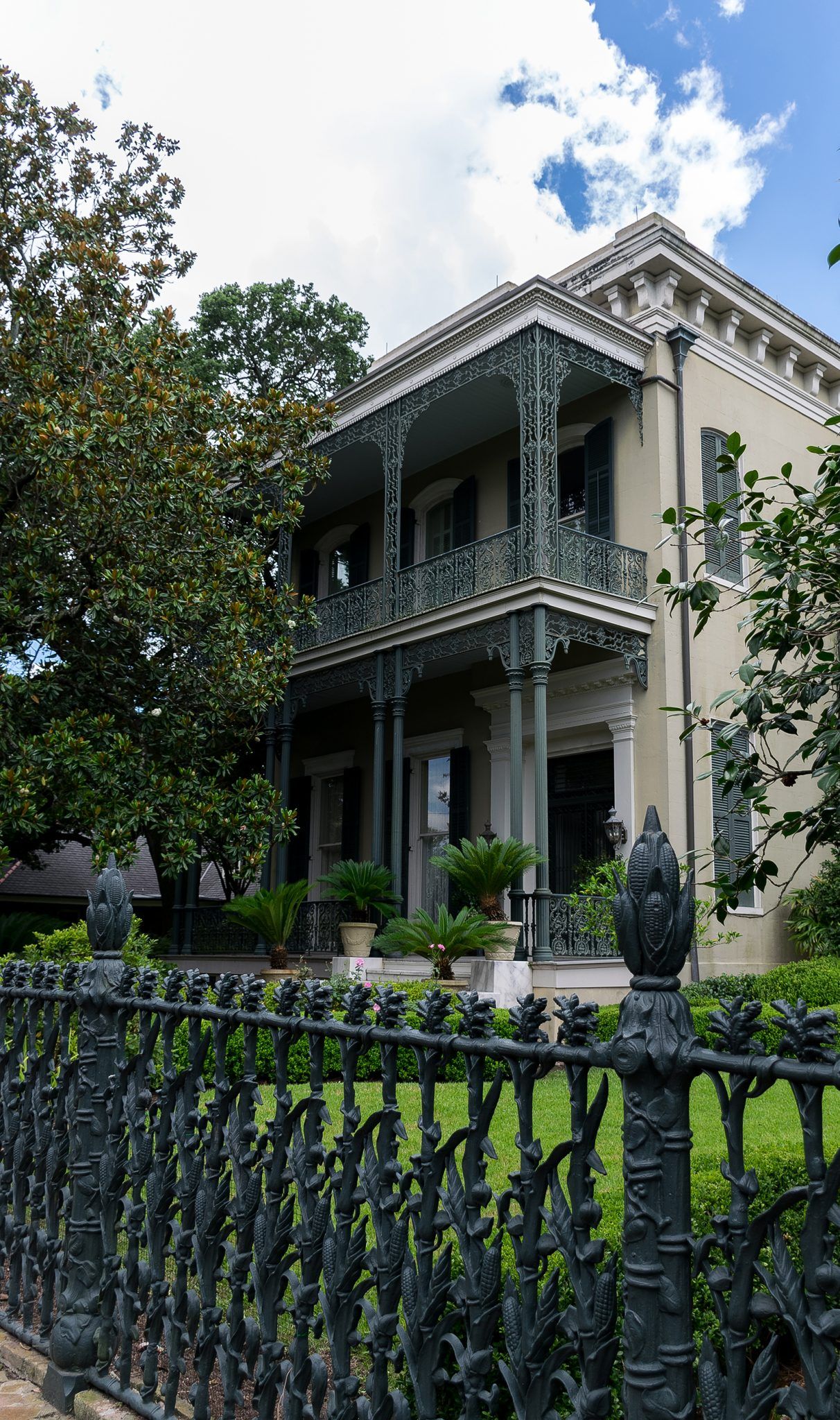 Beautiful home in New Orleans' Garden Disctrict